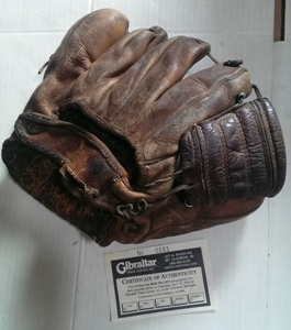 CLEVELAND INDIANS BOB FELLER SIGNED SIGNATURE MODEL BASEBALL GLOVE
