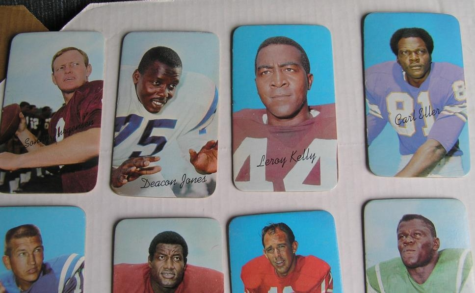 1970 TOPPS SUPER FOOTBALL CARDS COMPLETE SET